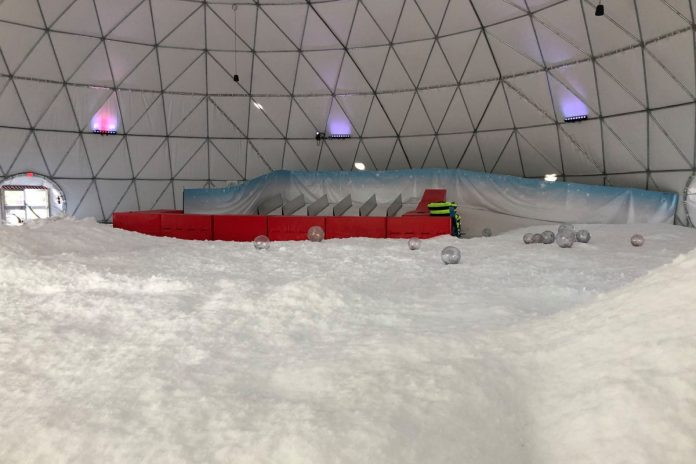 Florida's 1st snow park cuts hours over shortage of flakes