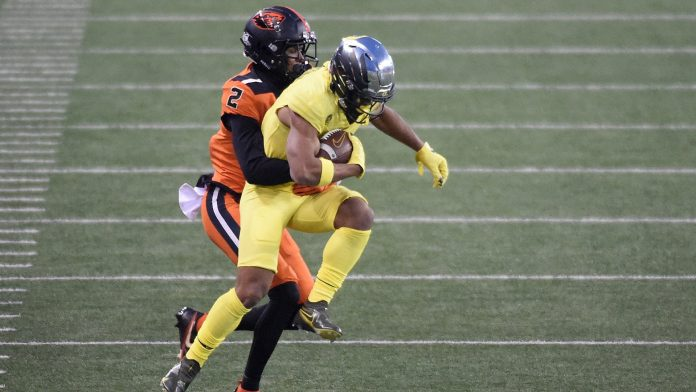 How Oregon's shocking loss to Oregon State hurts Pac-12's slim Playoff hopes