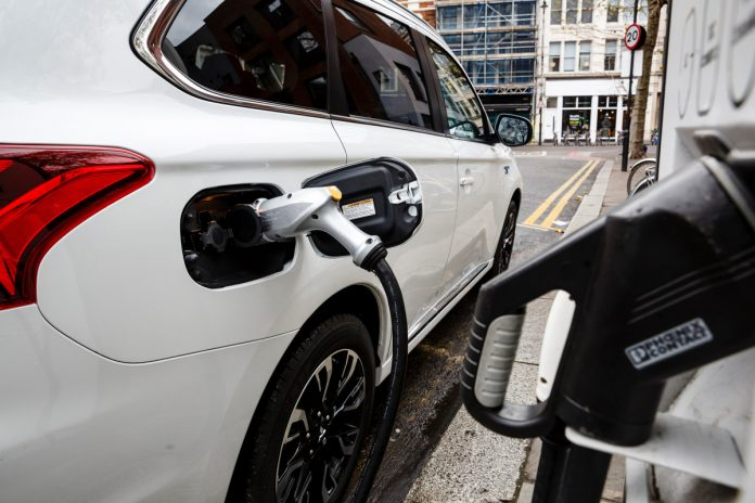 Hybrid cars emitting much more CO2 than advertised