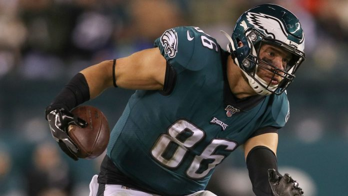 Is Zach Ertz playing on Monday night? Fantasy injury update for Seahawks-Eagles