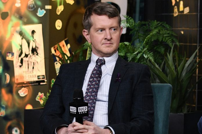 'Jeopardy!' star Ken Jennings under fire for resurfaced tweet