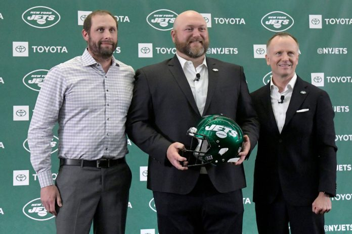 Maddening Joe Douglas-Adam Gase structure not unique to Jets