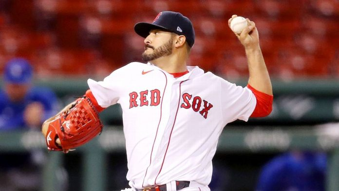 Red Sox sign one-year deal with LHP Martin Perez